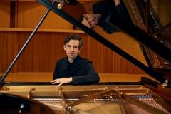 Martin-Stadtfeld-Pressefoto-6s-klein-2019-c-Ingrid-Hertfelder-Sony-Classical